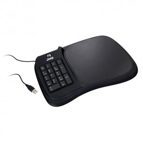 Alfombrilla teclado con conexión USB. Incorpora un teclado numérico y tres puertos USB 2.0.