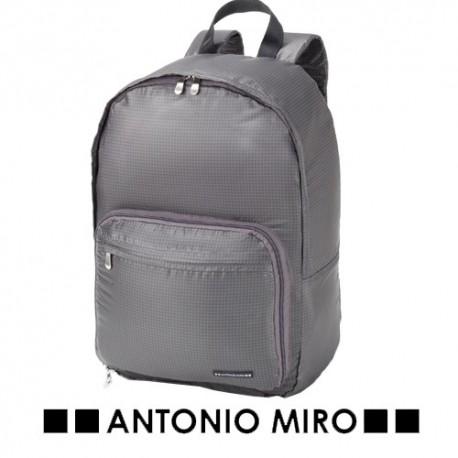 Mochila plegable Antonio Miró