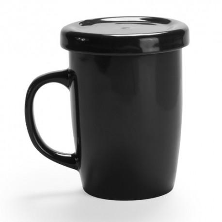 Taza de cerámica negra con tapadera pensada para infusiones