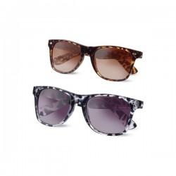 Divertidas gafas de sol con montura translúcida