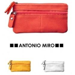 Monedero Antonio Miro