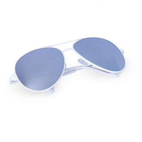 Gafas de sol metálicas de estilo aviador. Color blanco